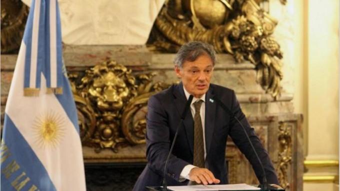 El ministro Cabrera reiteró que la prioridad del Gobierno es generar empleo