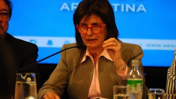 El Gobierno admite que es muy grave la situación de violencia contra las mujeres