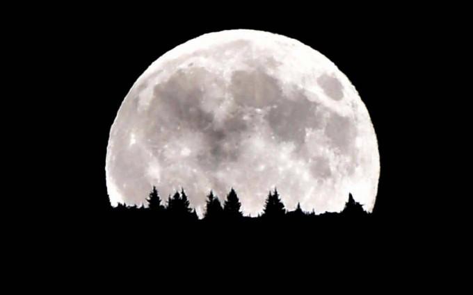 Mañana, una gigantesca luna llena y mareas altas