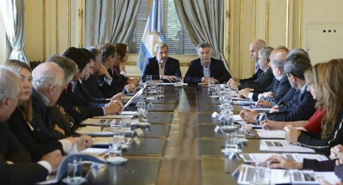 Macri recibe a gobernadores peronistas en Olivos