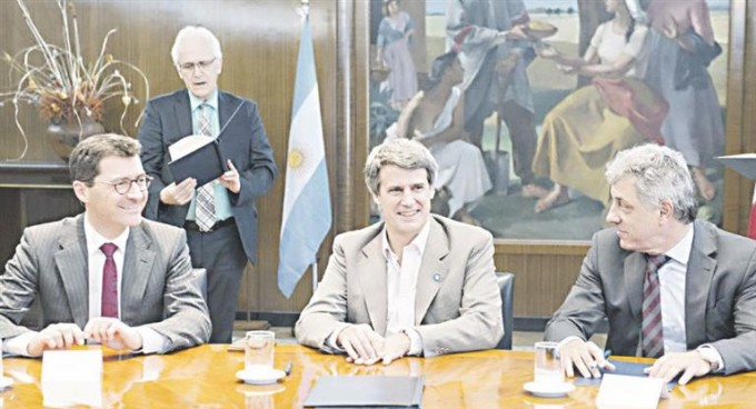 Blanqueo: Suiza promete que expulsará a argentinos evasores