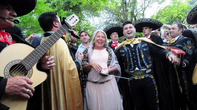 En el aniversario de la CC-ARI, Carrió marcó los límites con Macri
