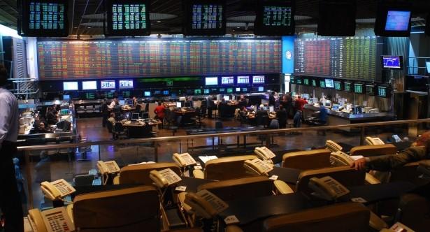La bolsa de valores asciende un 2,3%