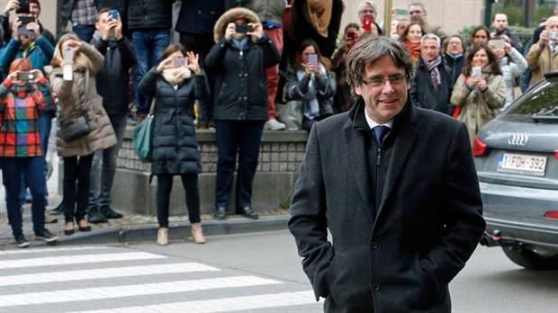Carles Puigdemont queda en libertad hasta que Bélgica decida si debe ser entregado a España