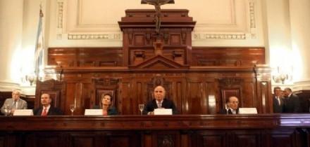 La Corte analiza modificar la feria y los horarios judiciales