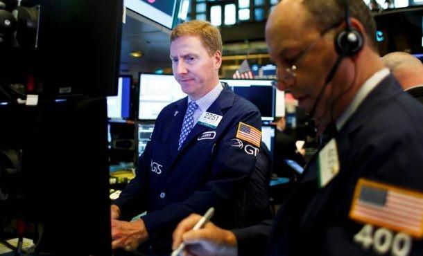 Wall Street  borraba hoy las pérdidas iniciales