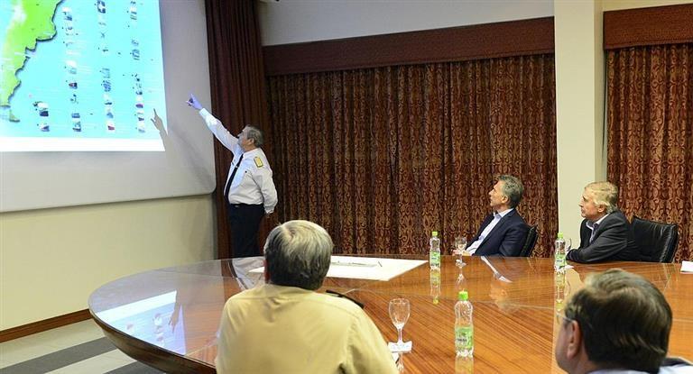 Macri vuelve a ponerse al frente de la búsqueda del submarino y encabeza otra reunión con las FFAA