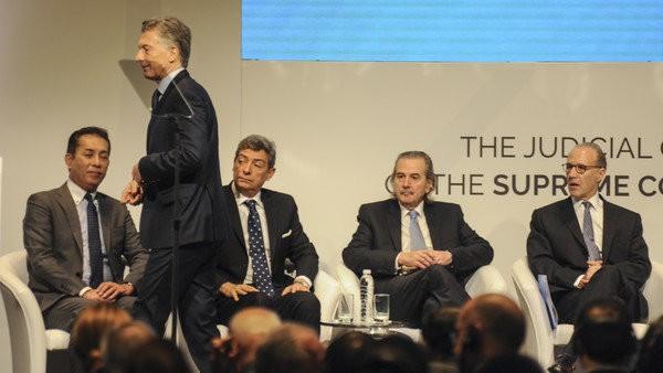 Macri recibe autoridades de la Corte Suprema