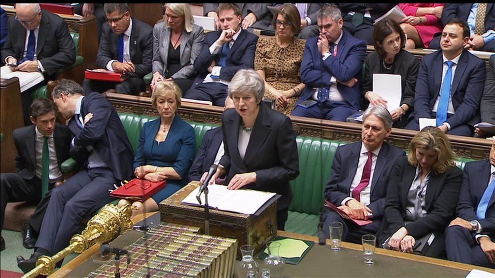 Theresa May debate por el Brexit en Parlamento