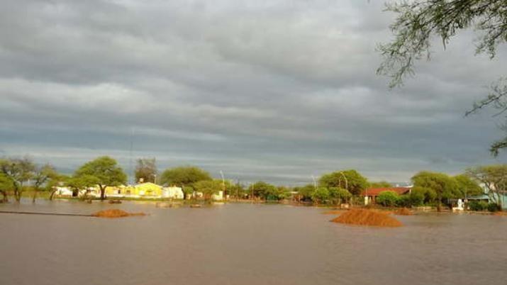 Colonia El Simbolar 18.000 hectáreas bajo el agua