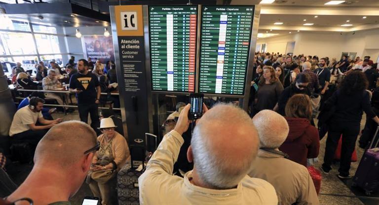 Más de 20 vuelos cancelados en Aeroparque