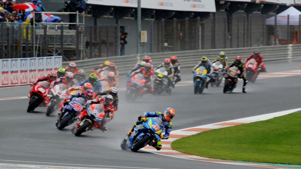 Moto GP suspendido por lluvias en España
