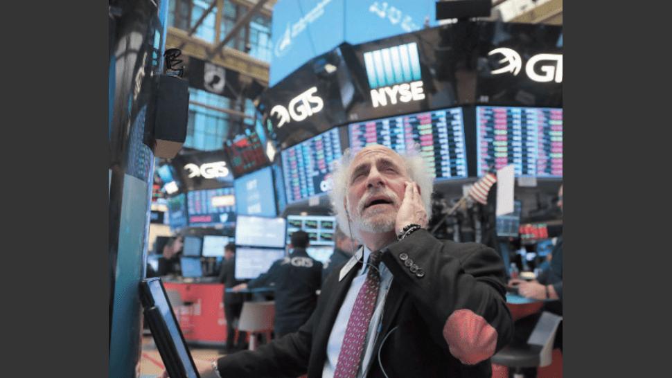 Wall Street moderaba hoy las pérdidas