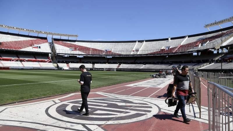 Copa Libertadores:La final postergada es otro papelón