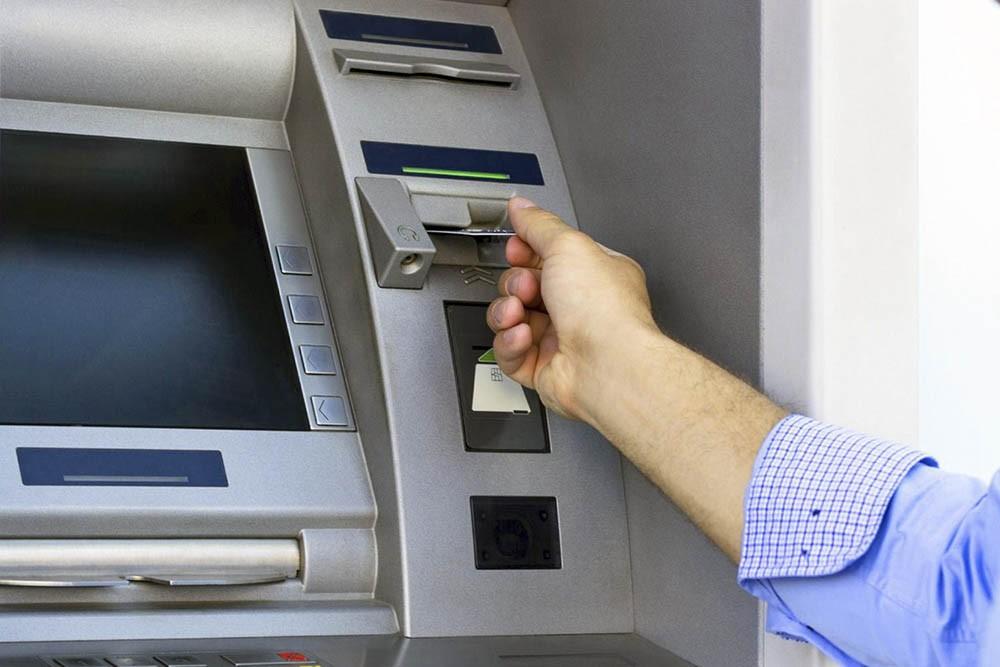 Los Bancos  abren sucursales en comercios