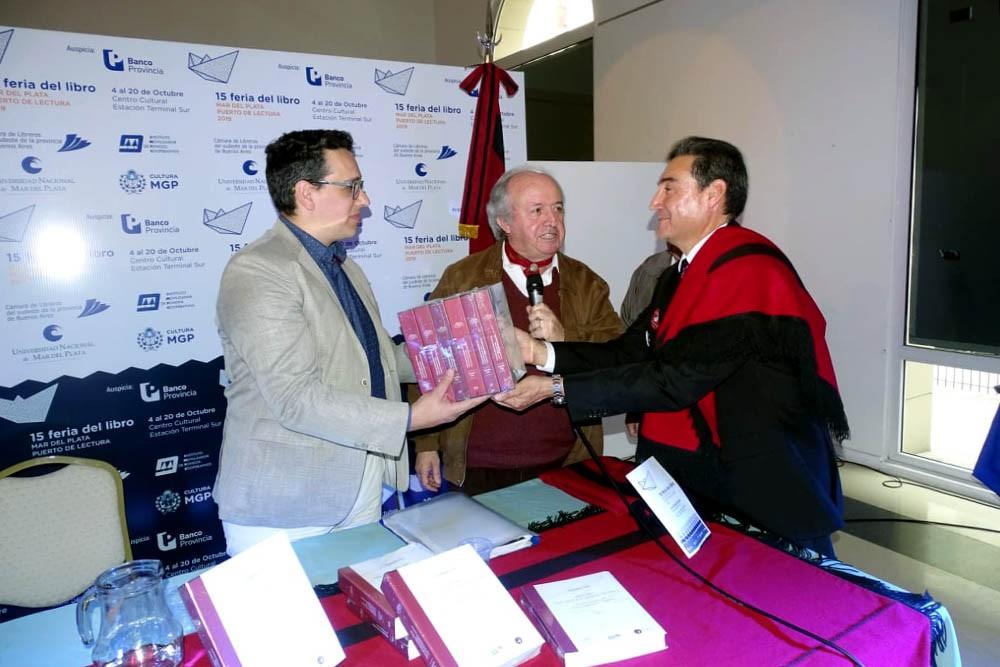 Presentaron el libro Historia del general Martín Miguel de Güemes