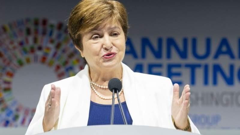 FMI advierte que la economía mundial alcanzó un endeudamiento récord
