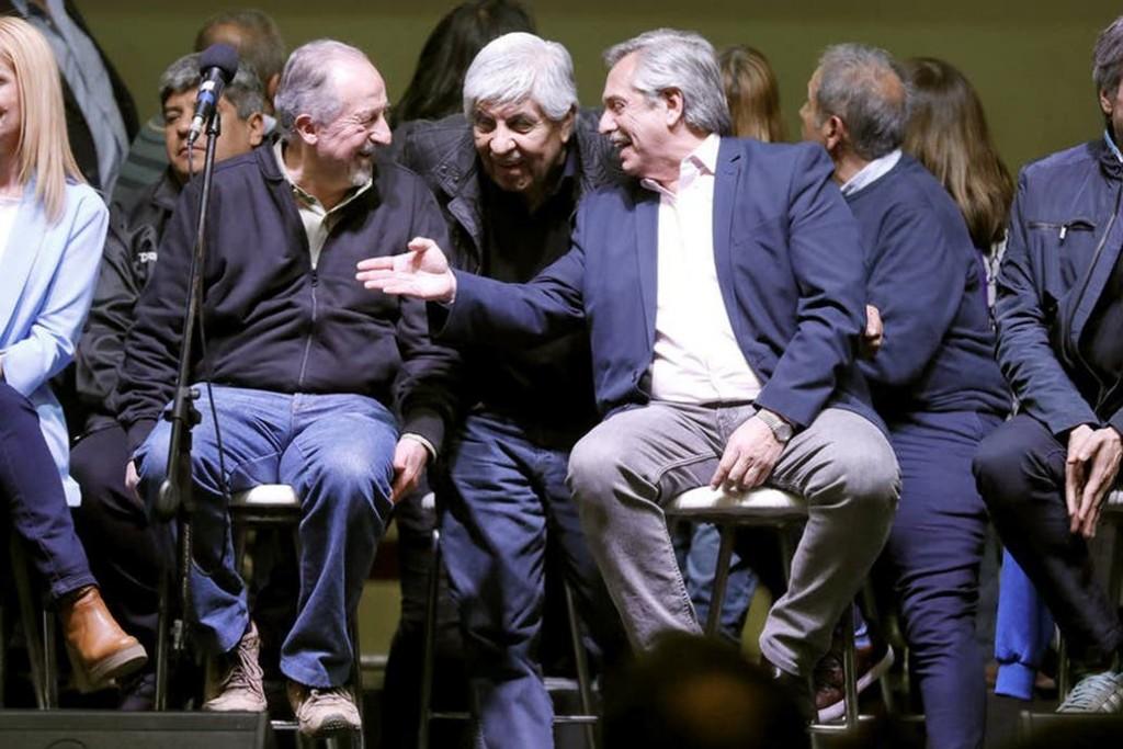 El pedido de Fernández a la CGT hasta que se reactive la economía