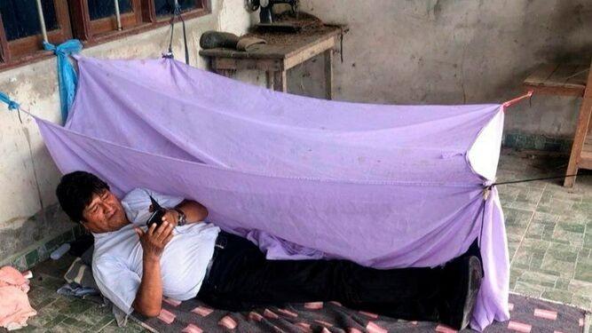 Evo Morales se exilia en Mèxico