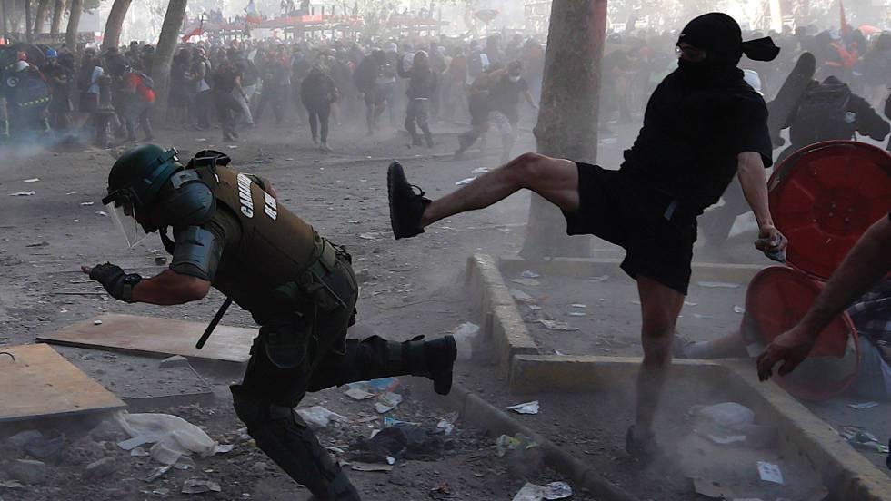 Chile negocia contra reloj una salida a la crisis