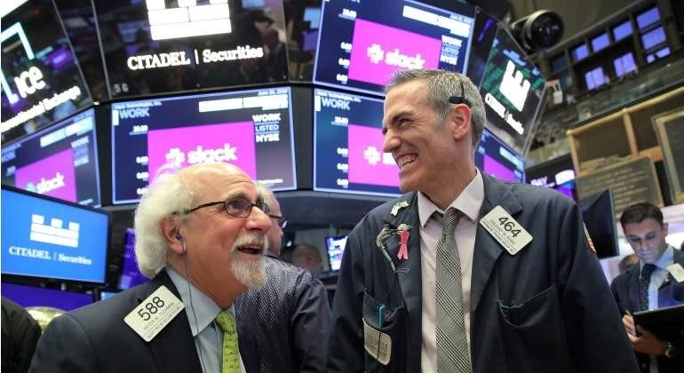 Wall Street marca seis semanas consecutivas de ganancias