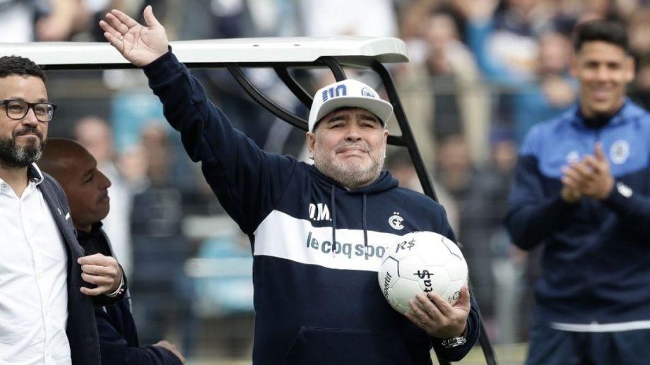 Maradona dejo definitivamente a Gimnasia