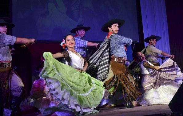 Las escuelas del País incorporan a la enseñanza de Folclore