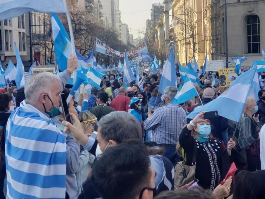 Nueva marcha contra el Gobierno en distintos puntos del país