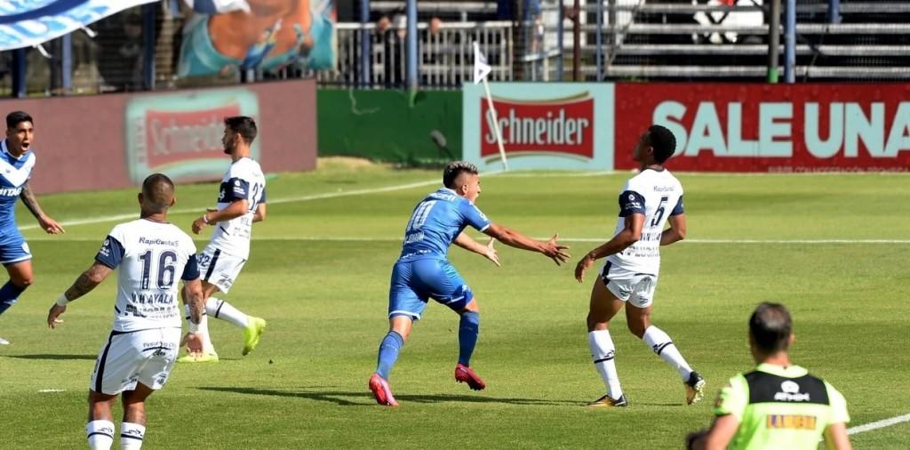 Gimnasia y Esgrima La Plata empató 2-2 con Vélez Sarsfield