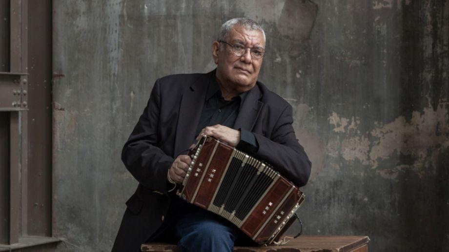 Dino Saluzzi  en 'Albores' hace lucir al bandoneón