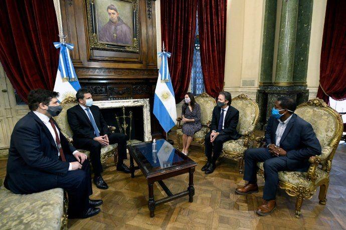 Sergio Massa recibio a funcionarios del FMI