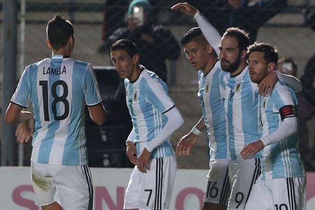 Argentina y Perú se jugará mañana a las 21.30