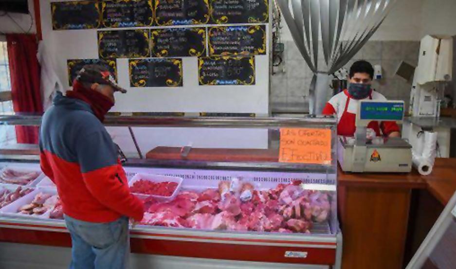 El Gobierno lanzaría precios populares a la carne y bajar las retenciones