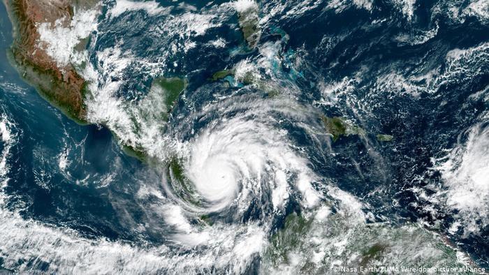 El poderoso huracán Iota causa estragos en el Caribe norte de Nicaragua