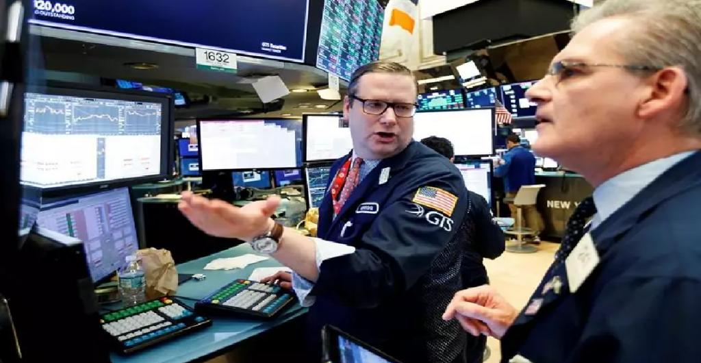 Wall Street cierra en verde y el Dow sube 1,12 %