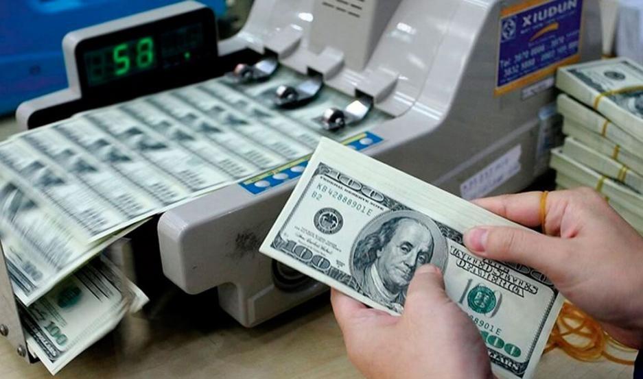 El dólar blue cerró a $158