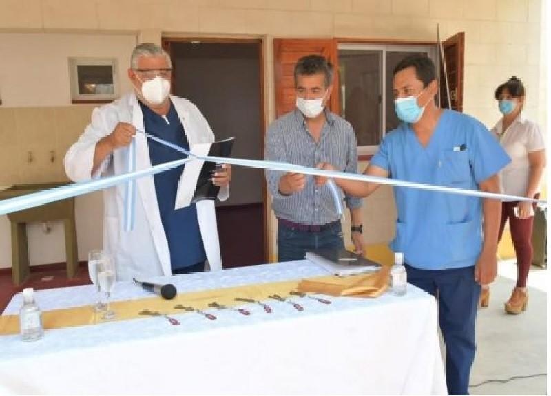 El Gobierno entregó 11 viviendas para profesionales de la salud