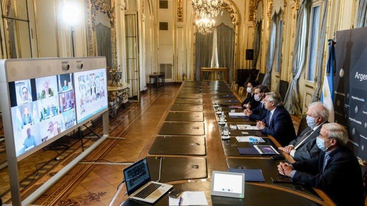 Fernández: La cuarentena se prolonga hasta el 20 de diciembre