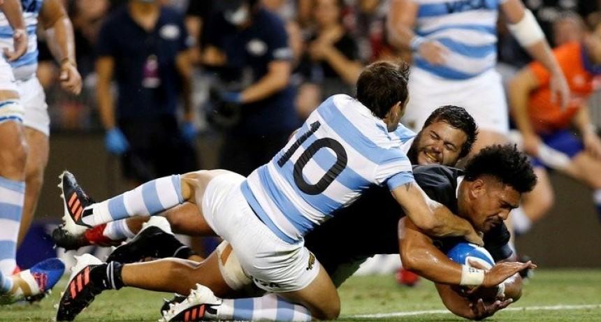 Los All Blacks pulverizaron a los Pumas por el Tres Naciones