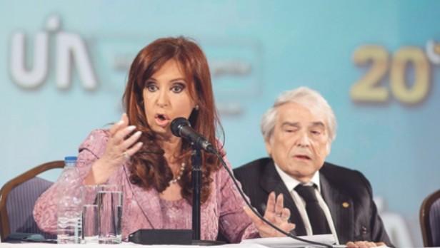 Cristina exceptuó de pagar Ganancias en el aguinaldo a sueldos menores de $ 35.000