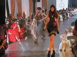 Gran convocatoria en Vaqueros  por el desfile de modas