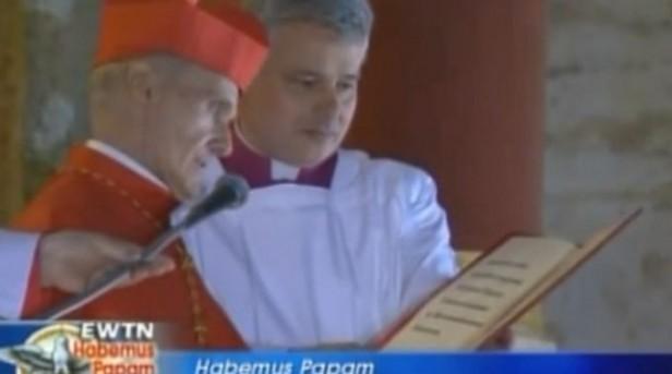 Papa Francisco nombra a nuevo Cardenal Camarlengo de la Iglesia