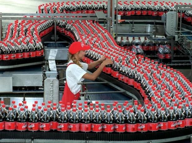 Coca-Cola construirá planta en la Franja de Gaza en medio de la destrucción