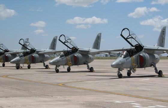 La Provincia y la Fuerza Aérea acordaron instalar una base operativa en General Mosconi