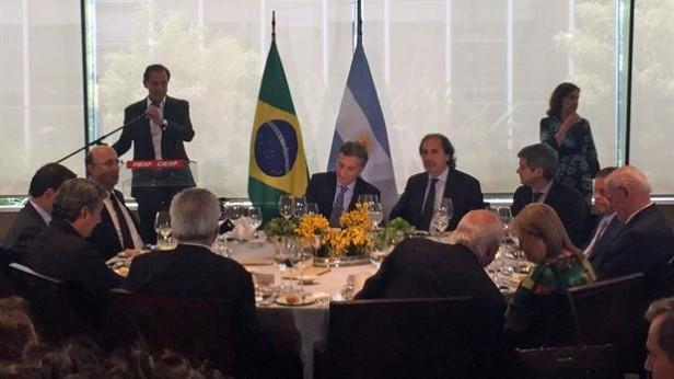 Los empresarios de Brasil reciben a Macri