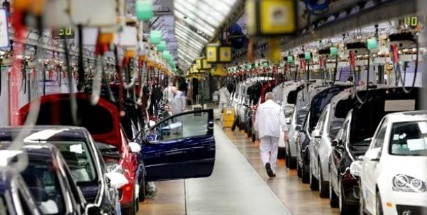 Los recortes en los niveles de producción establece el equilibrio de oferta y demanda en el mercado
