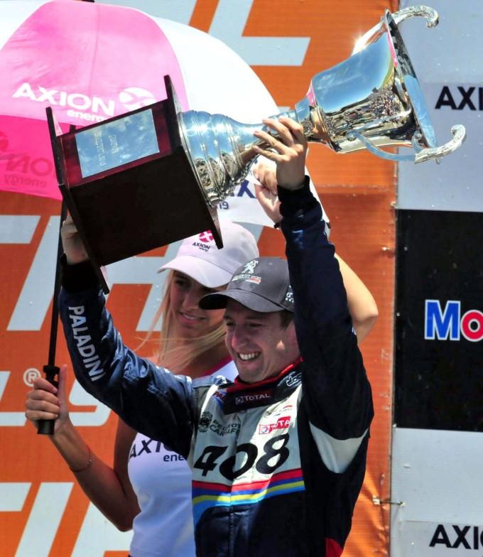 Néstor Girolami bicampeón de Súper TC 2000