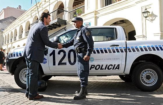 El Gobernador entregará 39 camionetas para el servicio de seguridad