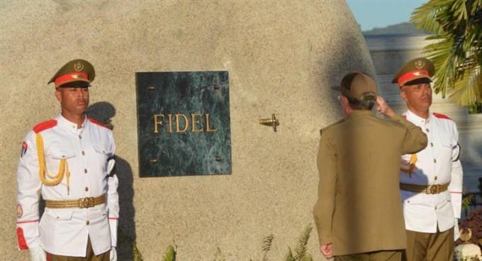 Tras una semana de homenajes, enterraron los restos de Fidel Castro en Santiago de Cuba