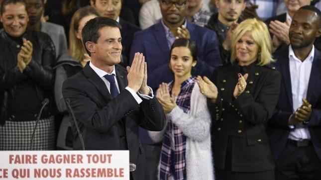 El premier francés Manuel Valls anunció su candidatura presidencial